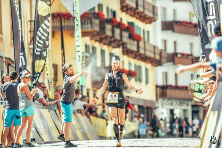 thumbnail_2019_06_28_sportiva-lavaredo-ultra-trail-2019_finish-line_sportiva-lavaredo-ultra-trail-2019-7507244-60383-520-01